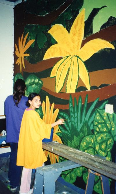 CMH Exploration Rm mural, kids painting 9